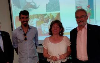 El Presidente del Centro Gallego de Madrid acompañado de los biznietos y tataranieto de Venancio Mª Vázquez López